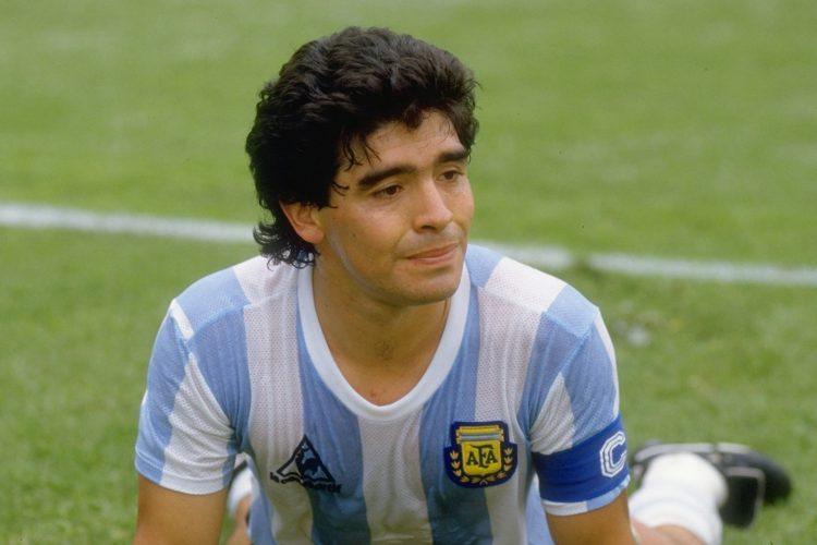 Tìm hiểu tiểu sử Maradona và sự nghiệp thi đấu bóng đá quốc tế