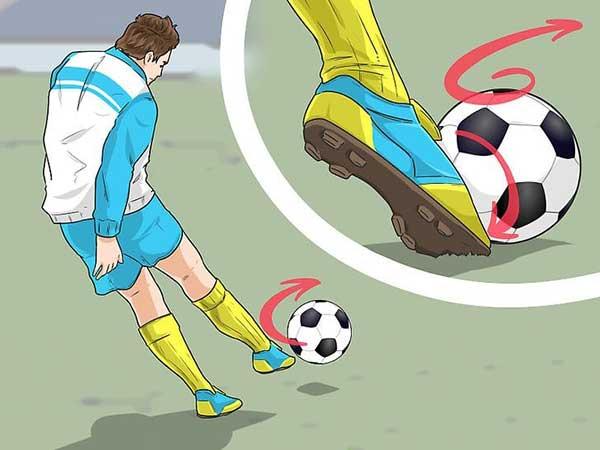 Hướng dẫn cụ thể các bước trong cách sút bóng mạnh